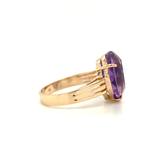 14 K Rose gold Amethyst Pear shape solitaire ring