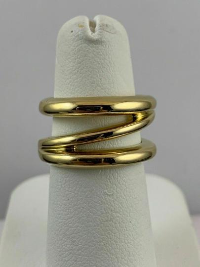 Tiffany & Co. 18 kt Italy Yellow Gold Diagonal Z Ring
