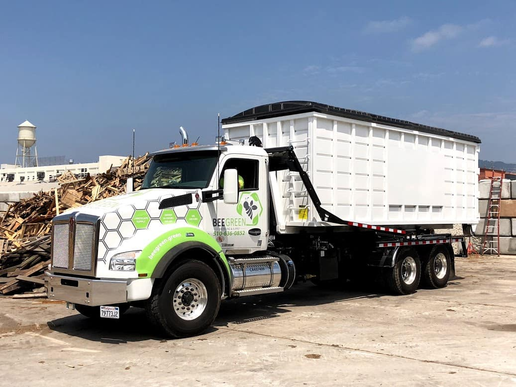 BeeGreen Recycling announces their launch of Starlight roll-off software powering a whole new level of customer service and operational efficiency.