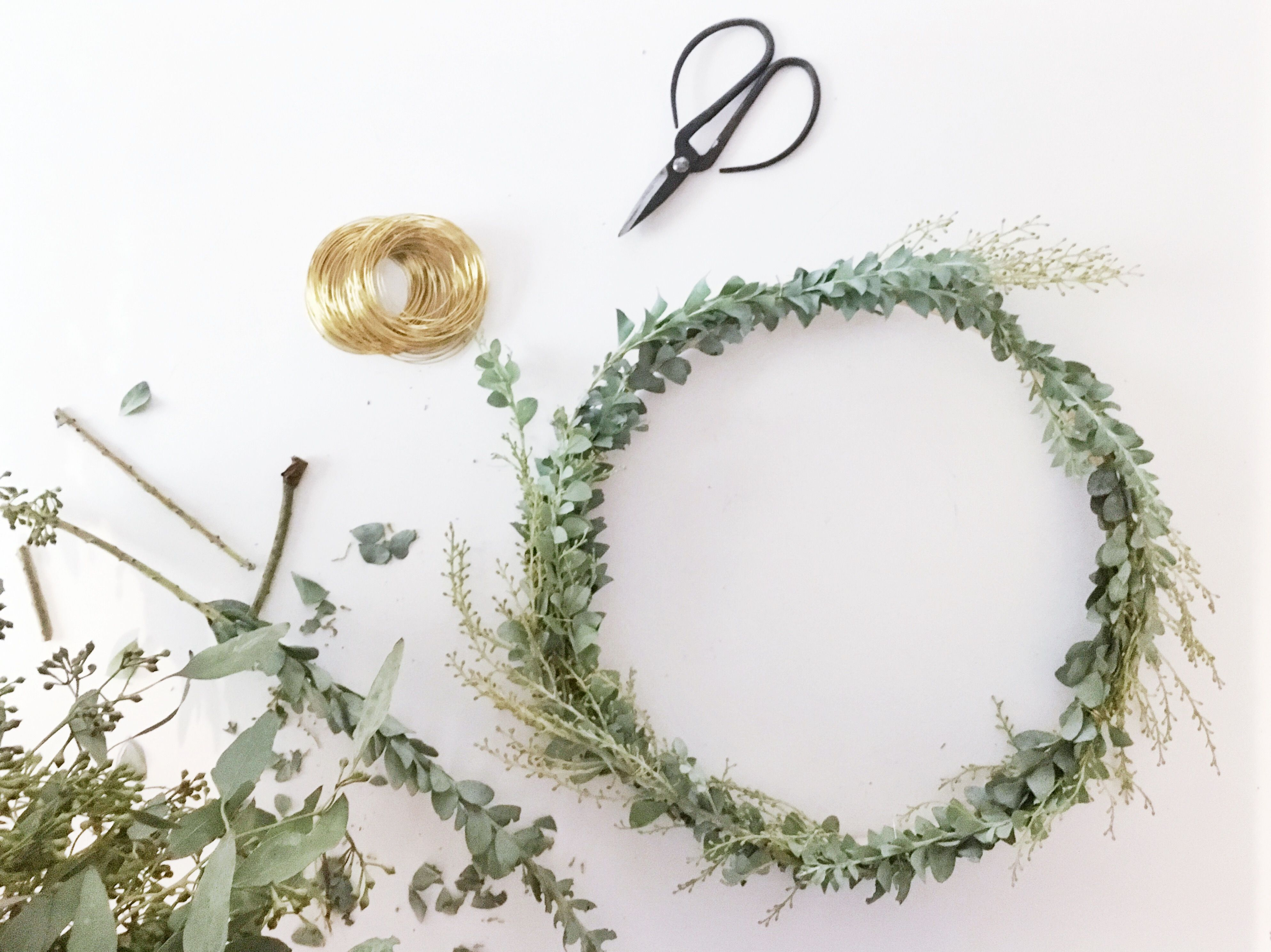 Claire Zinnecker Design // DIY Wreath