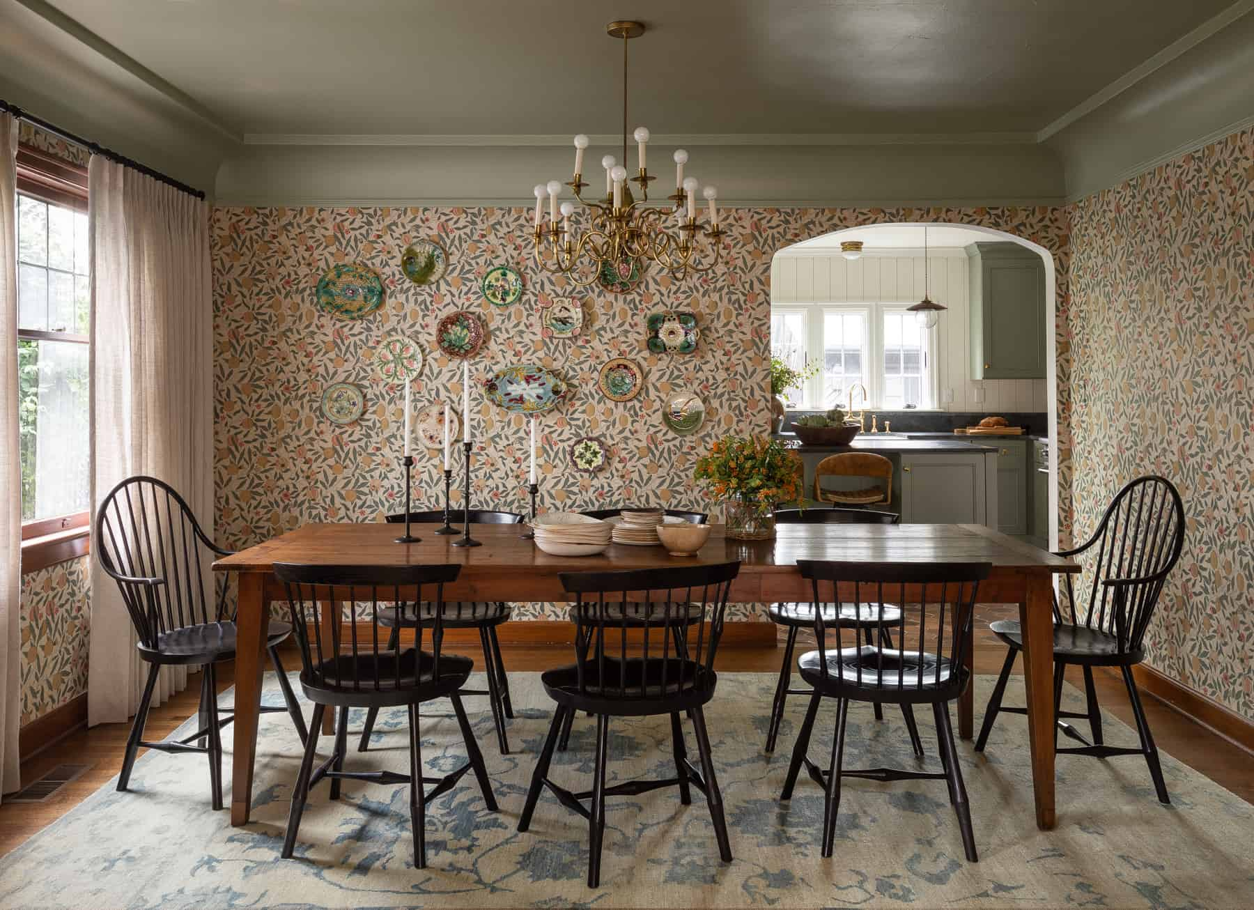 Our Favorite Cottage-Inspired Wallpapers