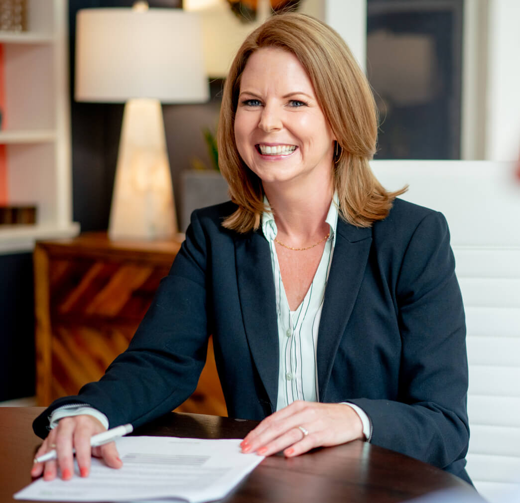 Melissa Barron, Certified Financial Planner, meeting with a client in Athens, image