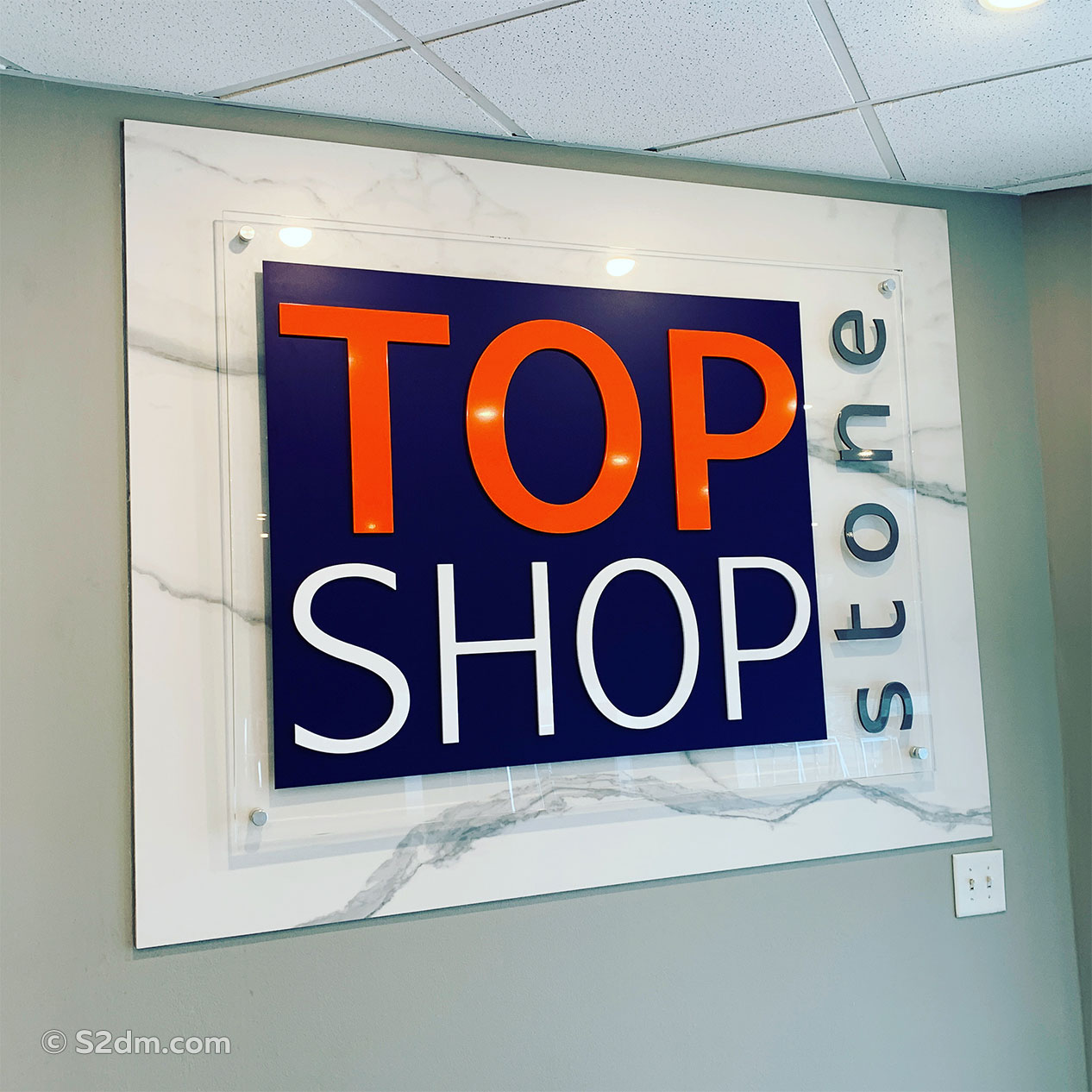 Top Shop Stone signs