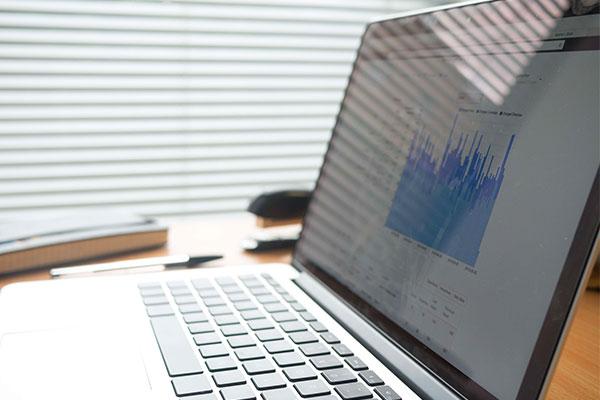 Service de suivi et de reporting grâce à la data intelligence