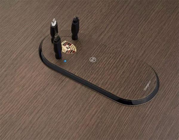 Chargeur Intex intégration Porsche
