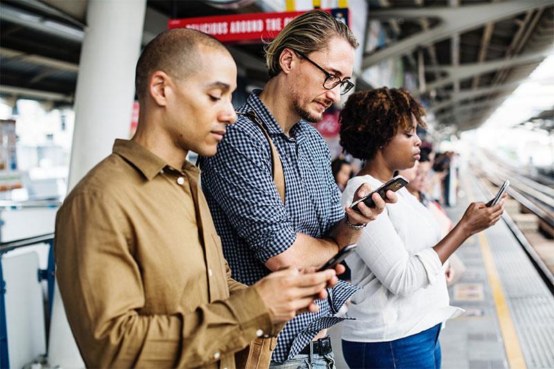 Quels rapports les français entretiennent-ils avec leur smartphone ?
