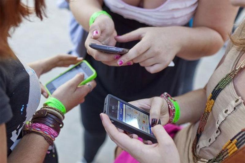 4 français sur 5 sont favorables à l'interdiction des smartphones en classe