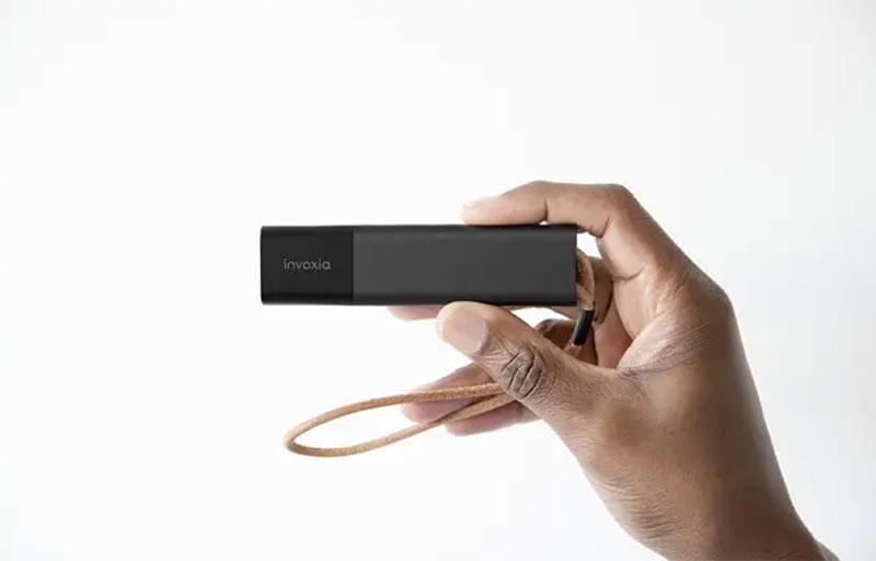 Ce détecteur discret peut aider à respecter les distances au travail