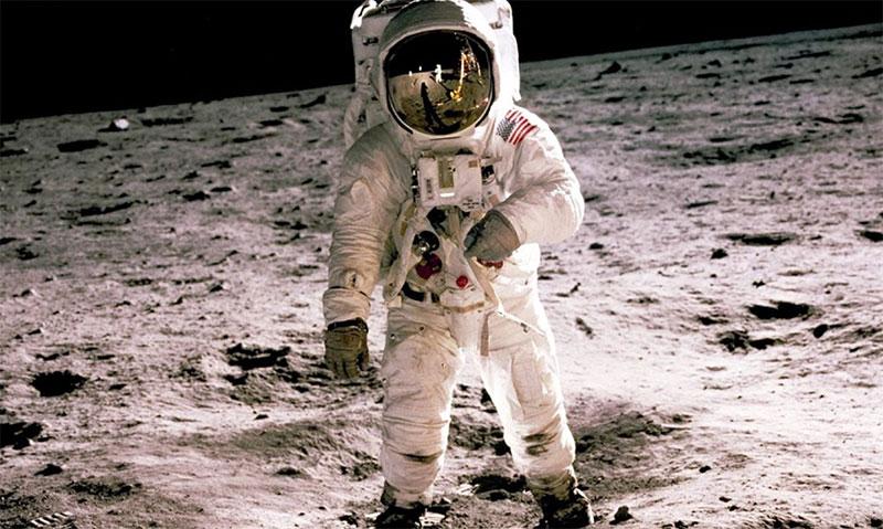 L'iPhone, un monstre de puissance face à l'ordinateur de la mission Apollo 11