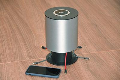 Chargeur Welcom et smartphone