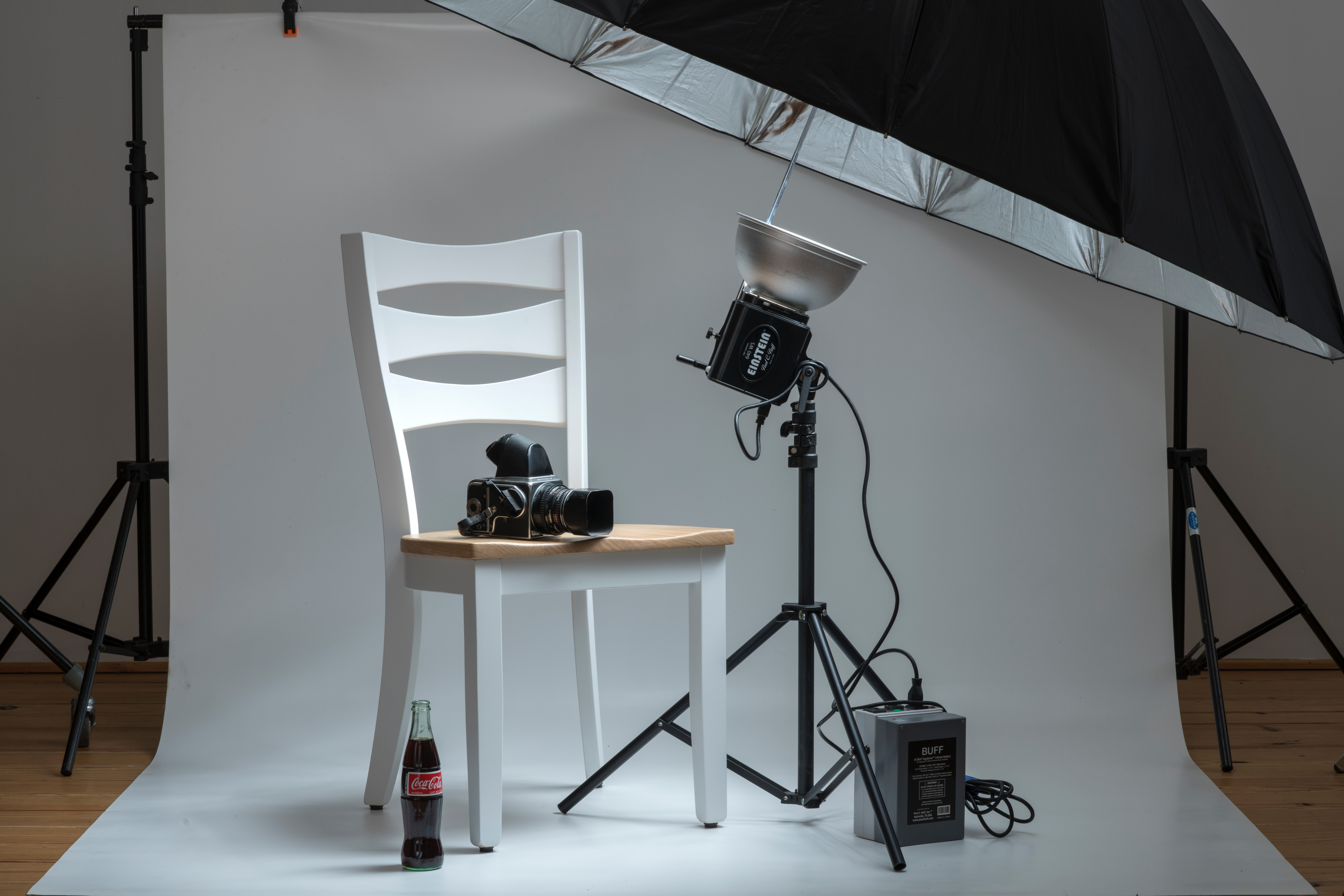 Traditional prouct photography studio