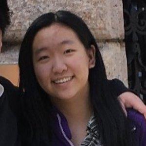 Rosalyn Li's headshot