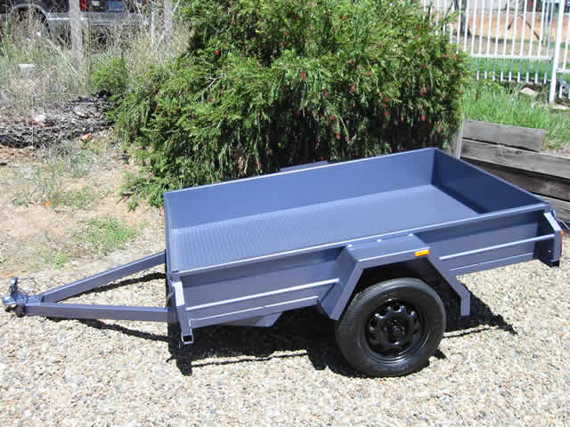 Standard box trailer you see almost everywhere. Very versatile, which makes them also incredibly popular.