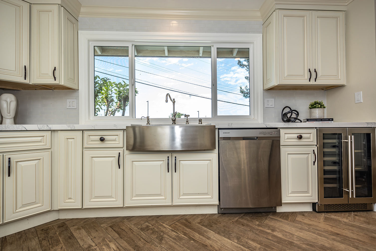 kitchen staging design in Norco