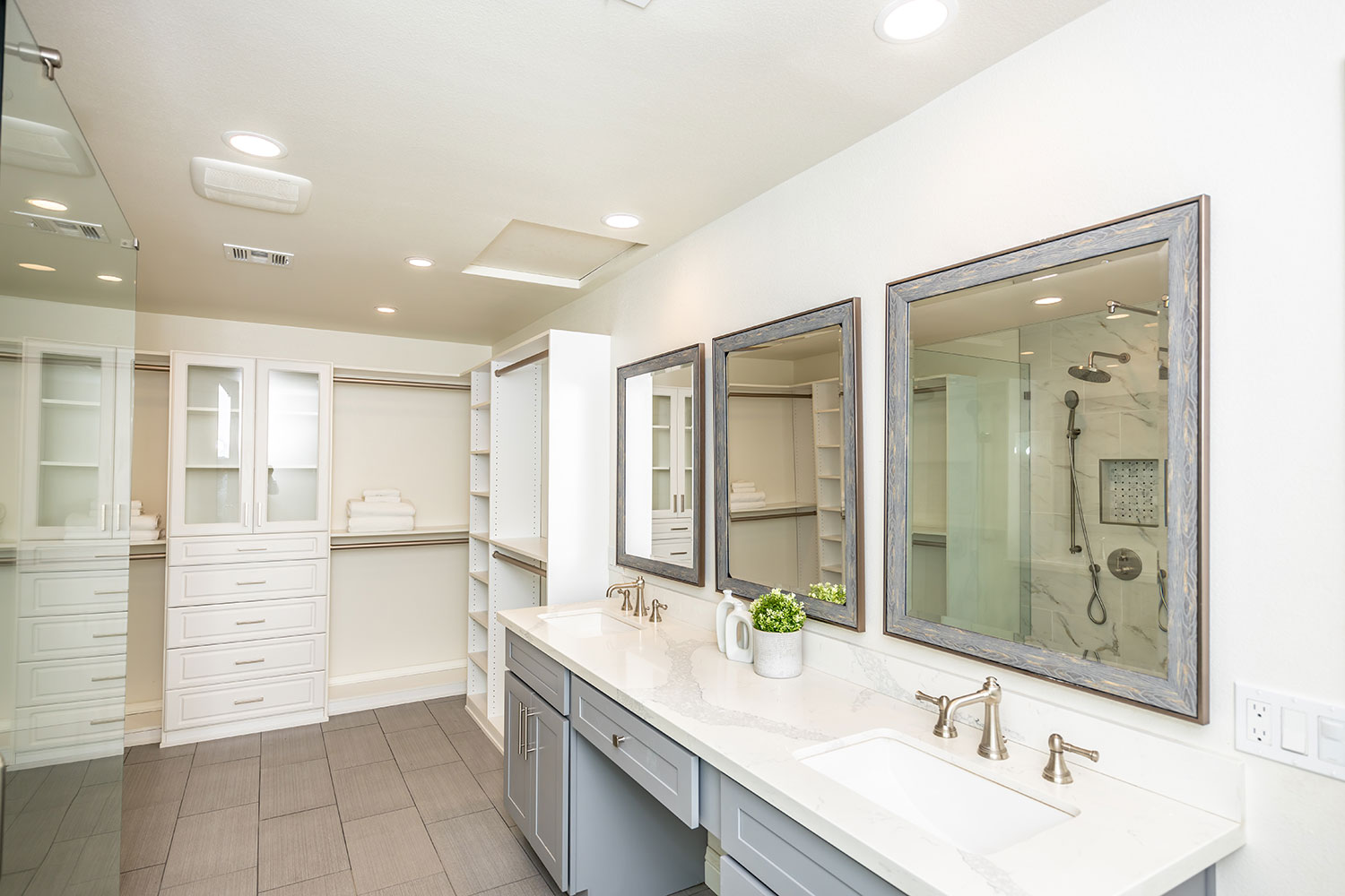 Norco bathroom with white countertops