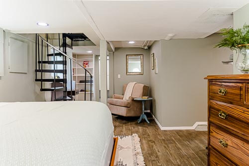 Basement bedroom with reading nook