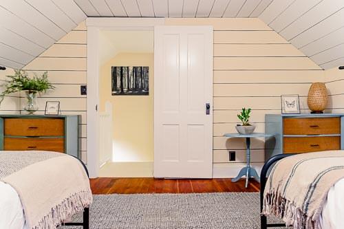 Entryway into second floor bedroom