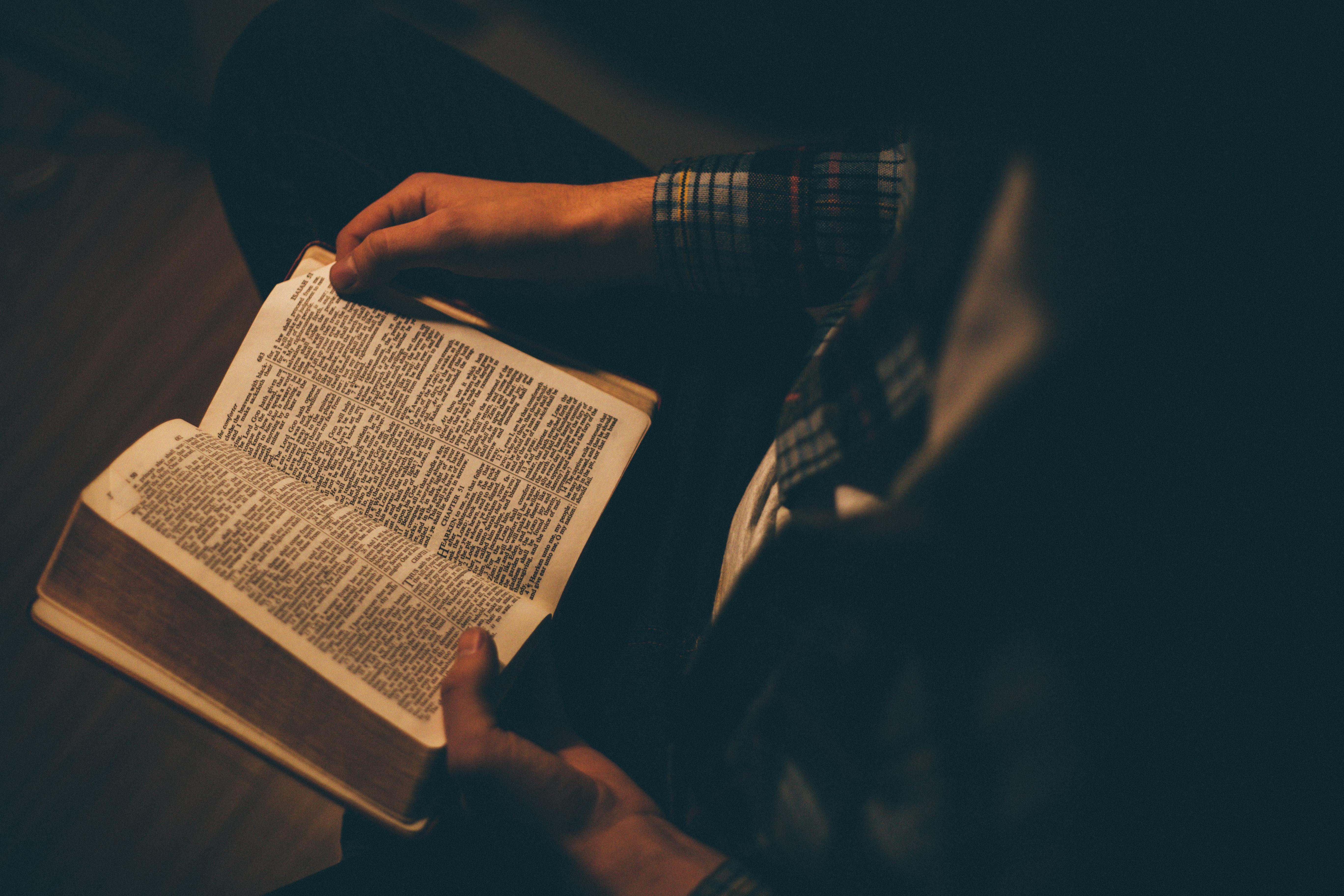 Čítanie Biblie