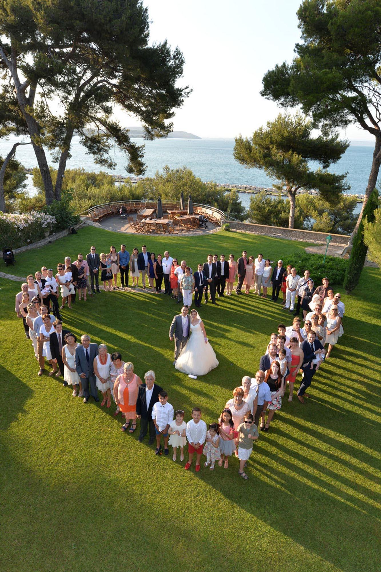 photographe-mariage-13-photo-groupe-coeur