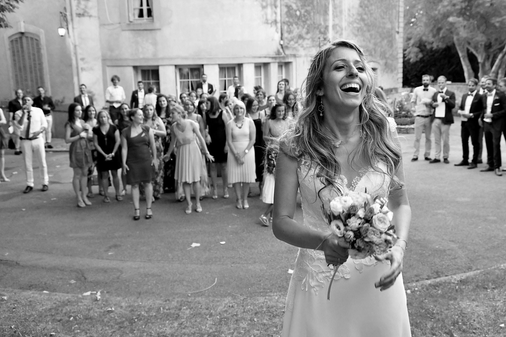 photographe-mariage-aix-en-provence-bouquet