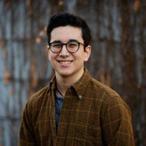 Gabriel Chang-Deutsch's headshot