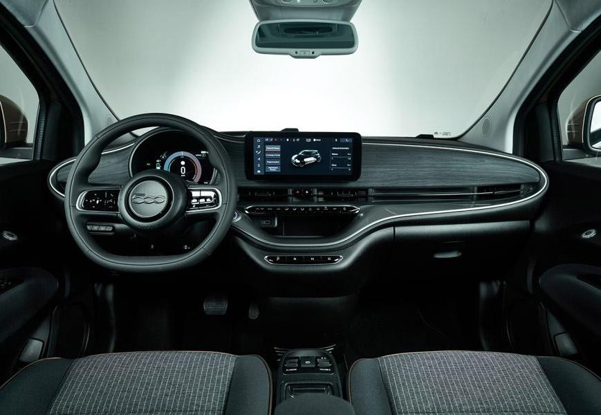 Neue Fiat 500 3 + 1 die Stadtauto von Fiat