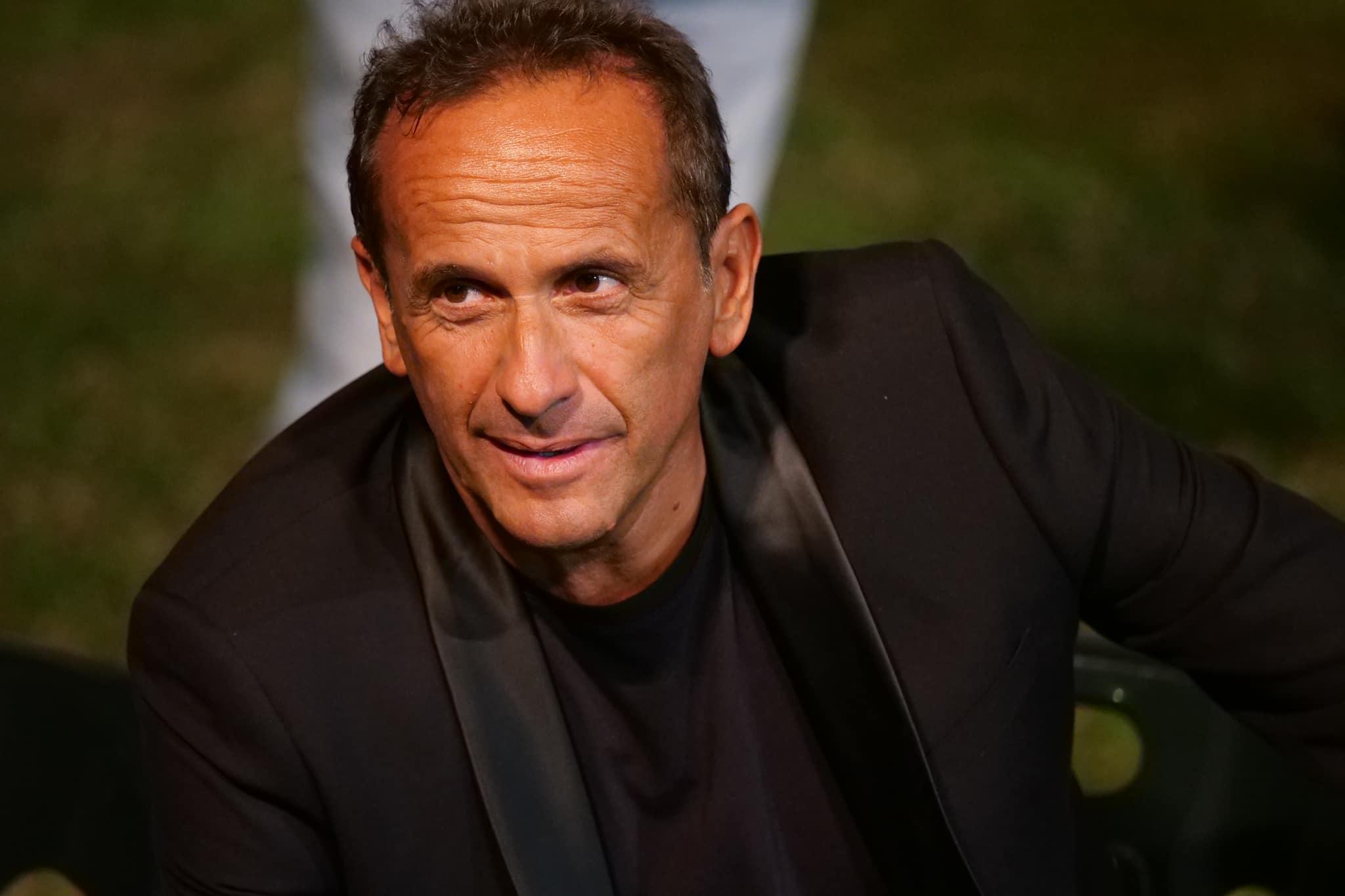 Uccio De Santis live Basilea e a Lugano