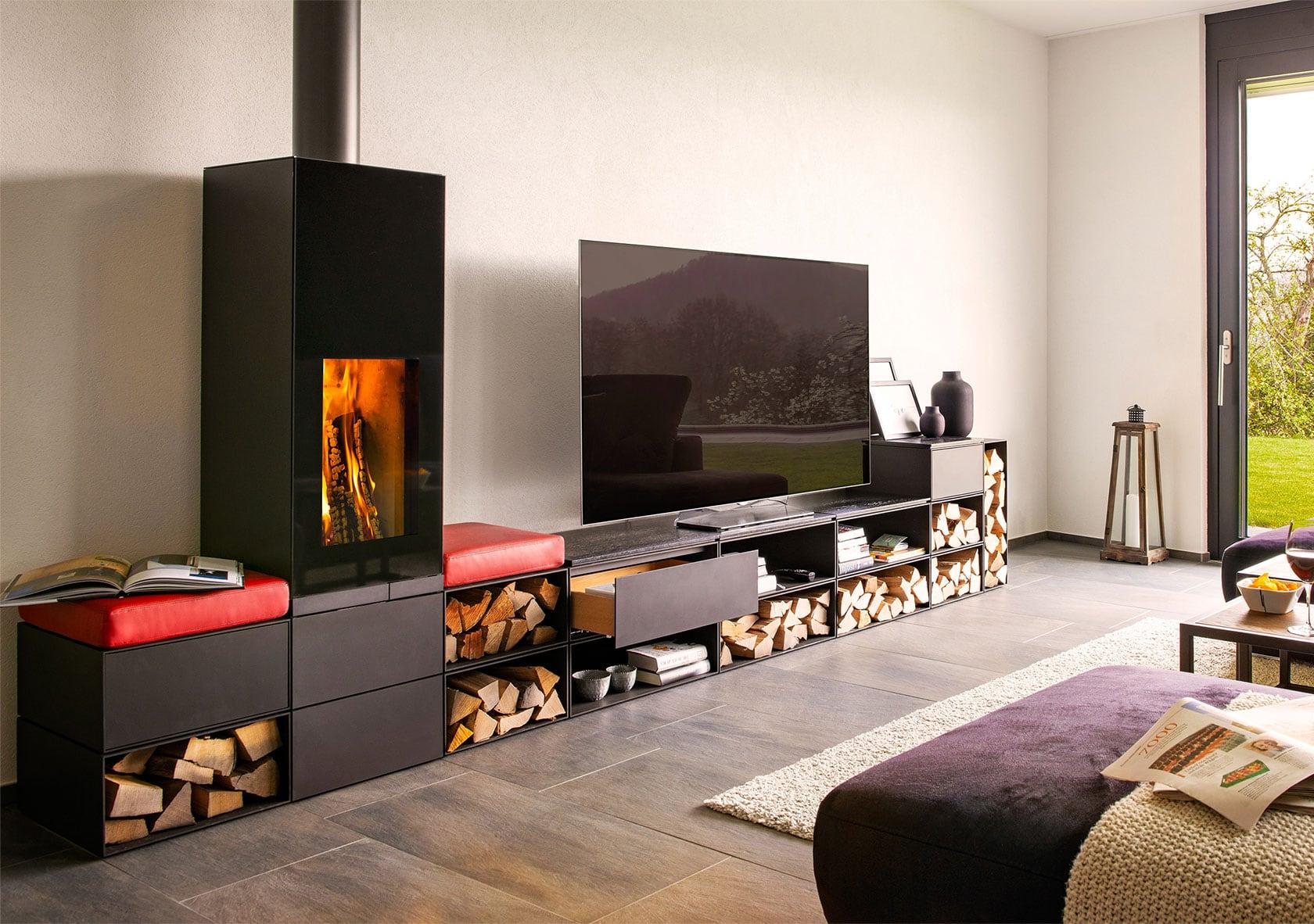 Bild eines Ofens neben einem Fernseher