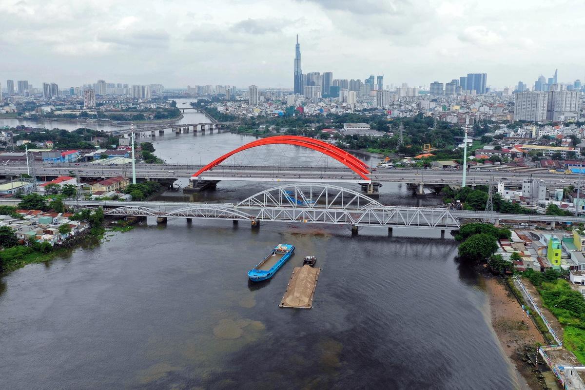 Cầu Bình Lợi - Phạm Văn Đồng, Q. Bình Thạnh