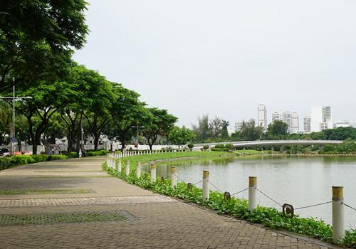 Công viên Hồ Bán Nguyệt - Đường N - Nam, Tân Phú, Quận 7, Thành phố Hồ Chí Minh
