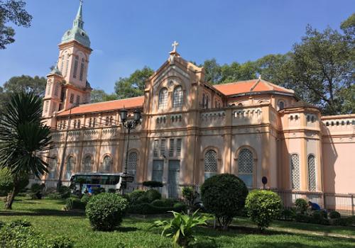 Nhà thờ Thánh Nữ Jeanne d'Arc - 116A Đường Hùng Vương, Phường 9, Quận 5