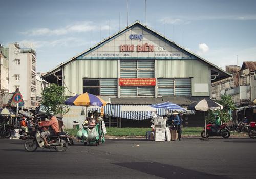 Chợ Kim Biên, 37 Vạn Tượng, Phường 13, Quận 5, TPHCM