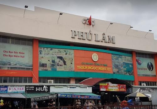 Chợ Phú Lâm , Đ Bà Hom, Phường 13, Quận 6, TPHCM