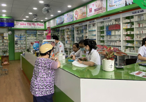 Nhà thuốc Việt số 1 - 596 Nguyễn Chí Thanh, Phường 7, Quận 11, Thành phố Hồ Chí Minh