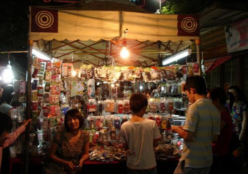 Chợ đêm Lĩnh Nam, Vĩnh Hưng, Hoàng Mai, Hà Nội