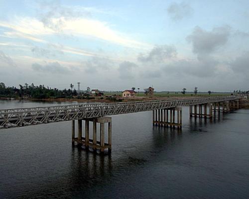 Cầu Hiền Lương, thôn Hiền Lương, xã Vĩnh Thành, tỉnh Quảng Trị