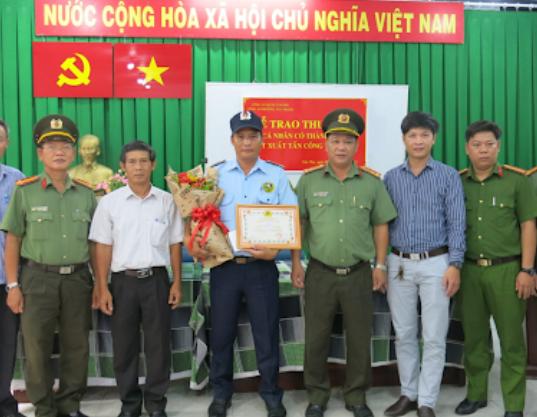 Công An Phường 1 Quận 10, 528 Lê Hồng Phong, Phường 1, Quận 10
