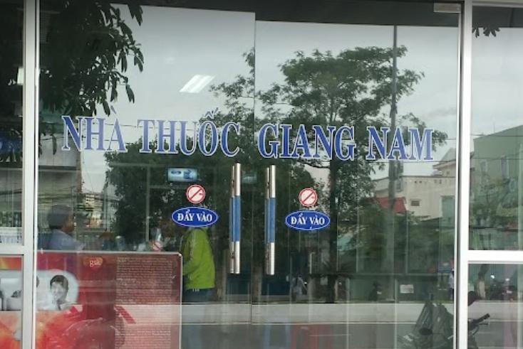 Nhà thuốc Giang Nam, 32-33 Nam Kỳ Khởi Nghĩa, Rạch Giá, Kiên Giang