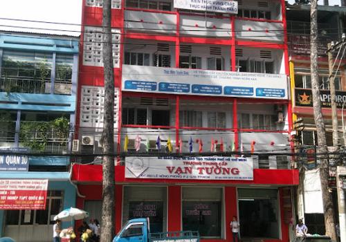 Trường Trung cấp Vạn Tường - 469 đường Lê Hồng Phong