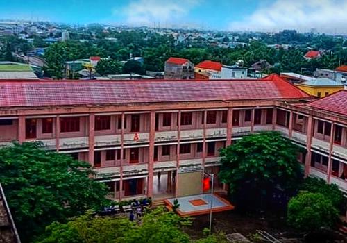 Trường Trung Cấp Bách Nghệ TPHCM