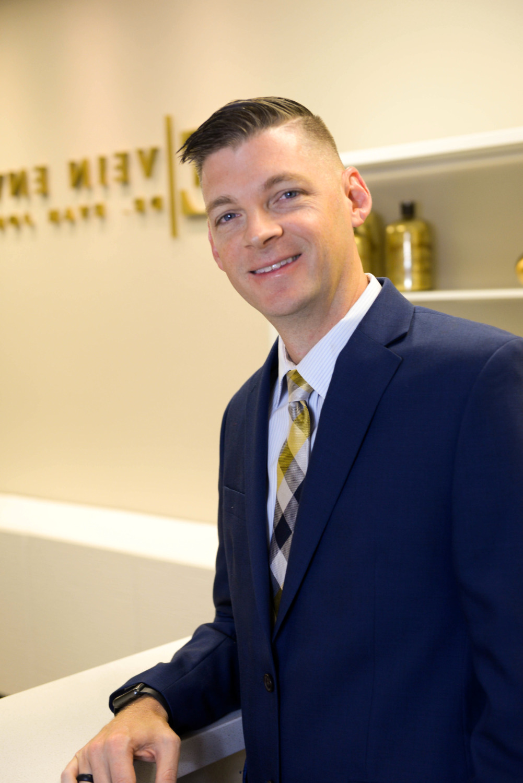 Dr. Ryan Jones Vein Envy