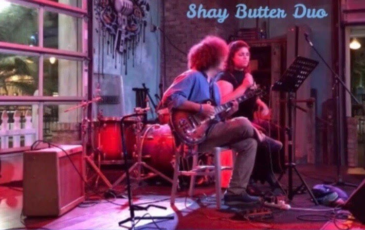 Shay Butter Duo Live at the Vineyard Orlando