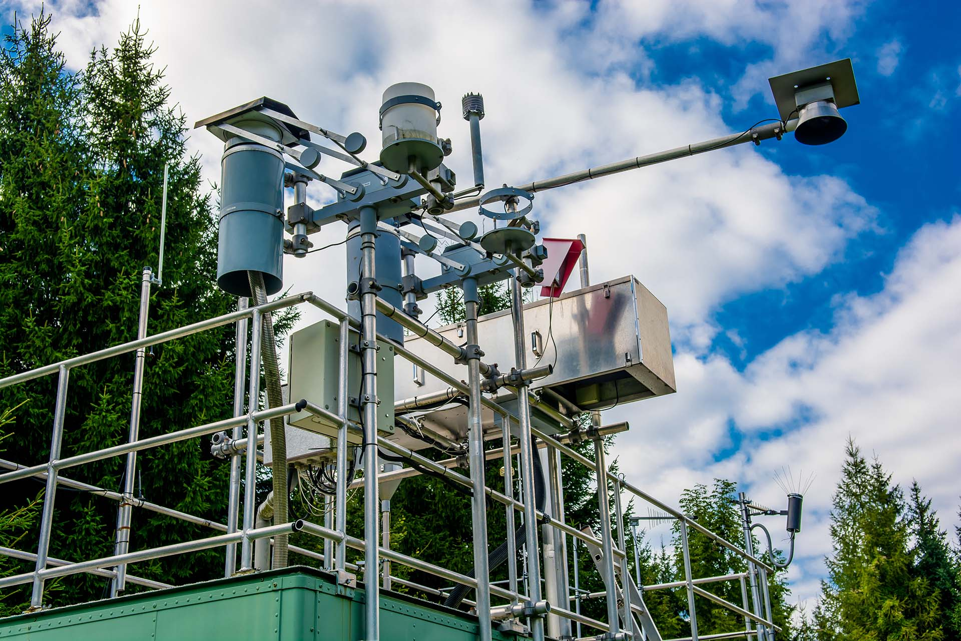 Top 3 ways API based air quality data can help us