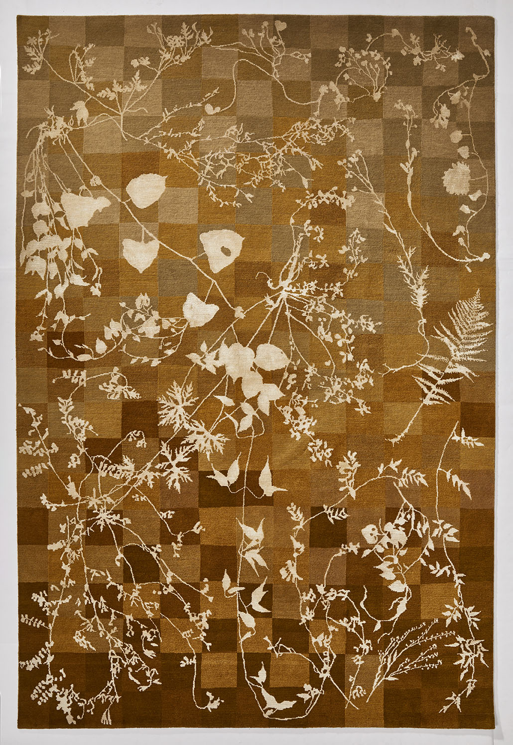 Overview of a copper colour Botanical Rug