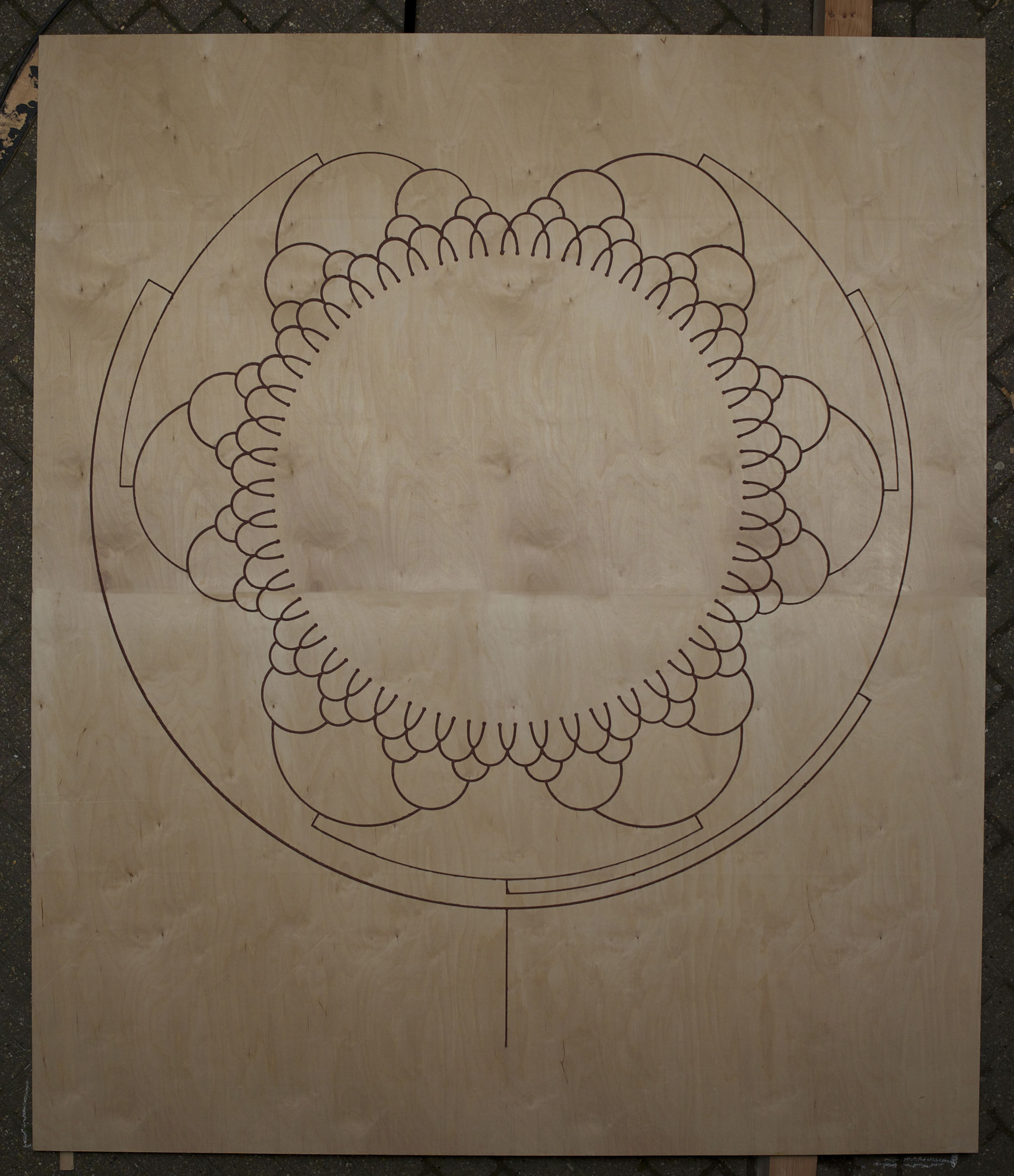 A large Fire Drawing before burning with double branching design