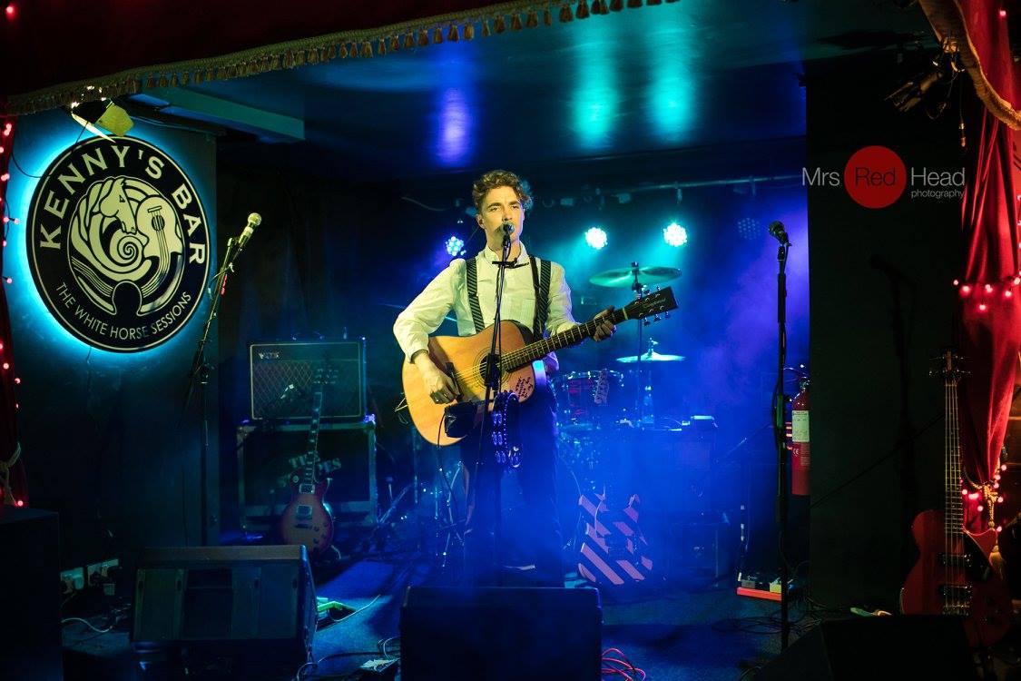 Musician at Kennys Bar