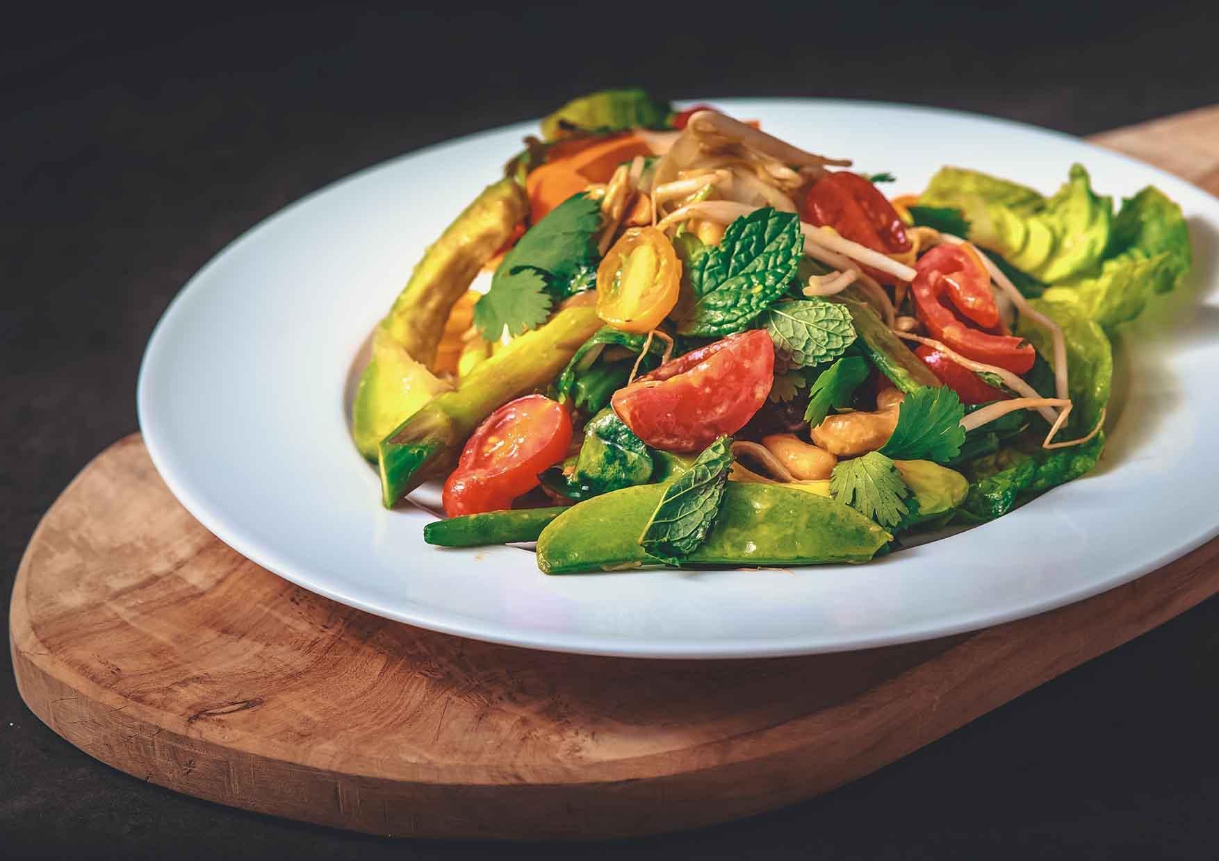 Crunchy Vegetable Salad - comida a domicilio cerca de mi - Meatpacking