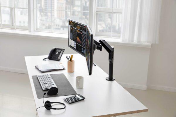 Second Gen LG Ergo Monitors Designed for Customized Workstations...