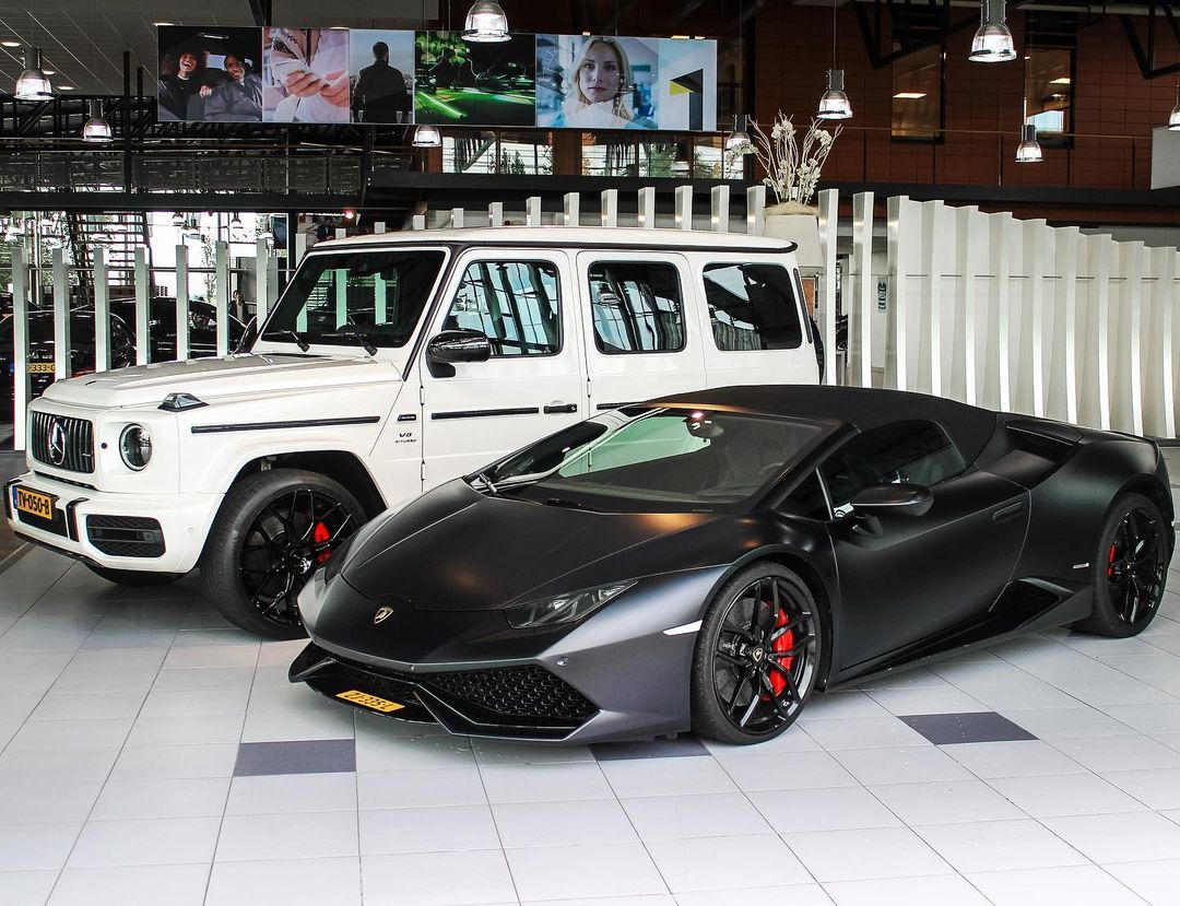 Royal Cars & Watches