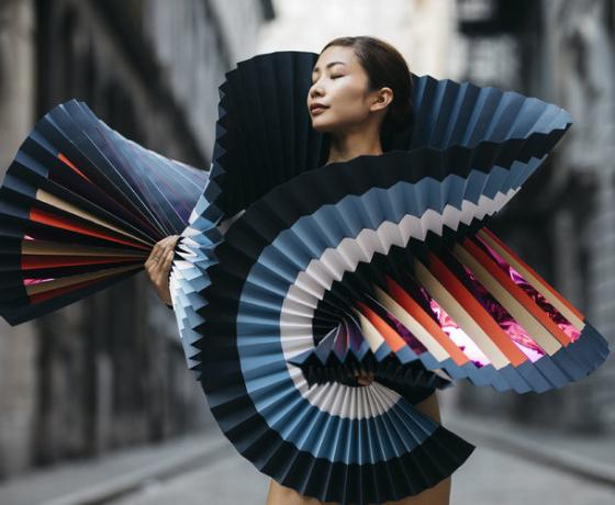 Балет и оригами в унисон.